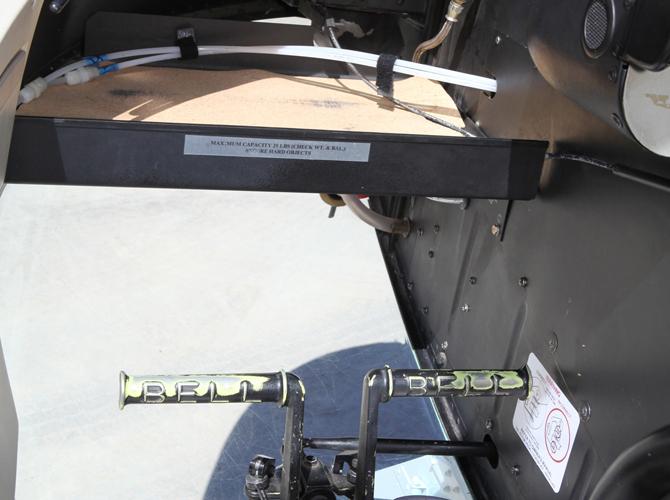 17 - Cockpit