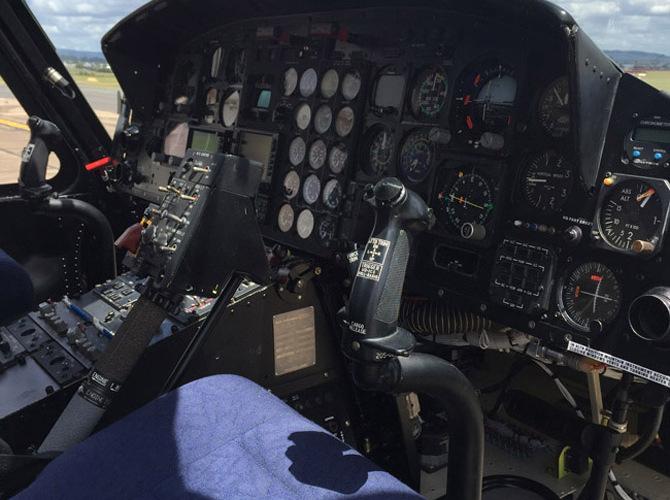 4 - Cockpit