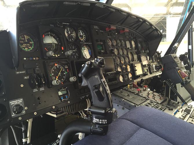6 - Cockpit